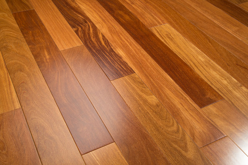 Engineered hardwood flooring vs prefinished 2017 2018 for Prefinished hardwood flooring pros and cons