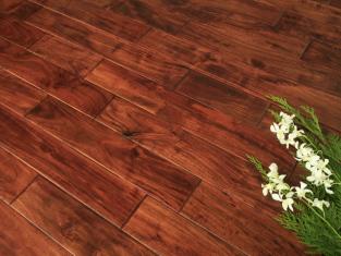 sàn gỗ giáng hương là dòng sàn gỗ tự nhiên màu sắc nâu đỏ
