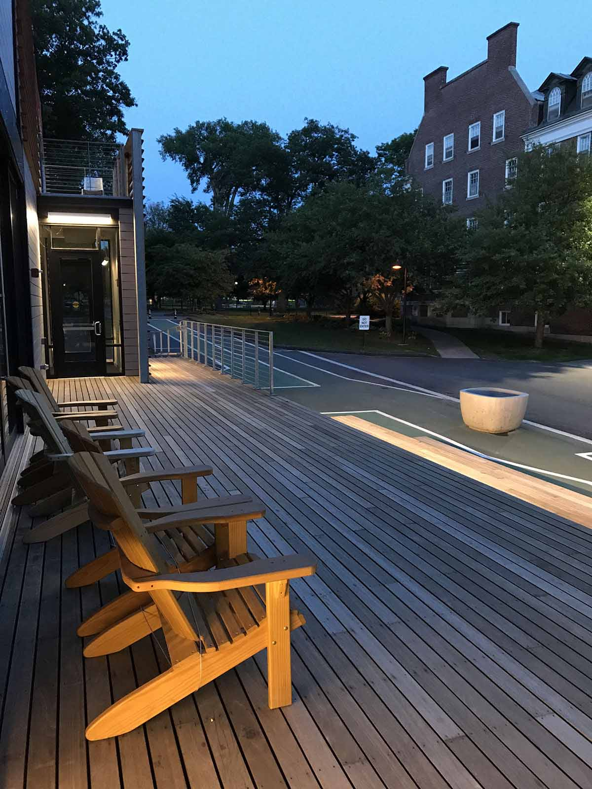 Batu Decking Dartmouth College 5/4x4 Nova USA Wood
