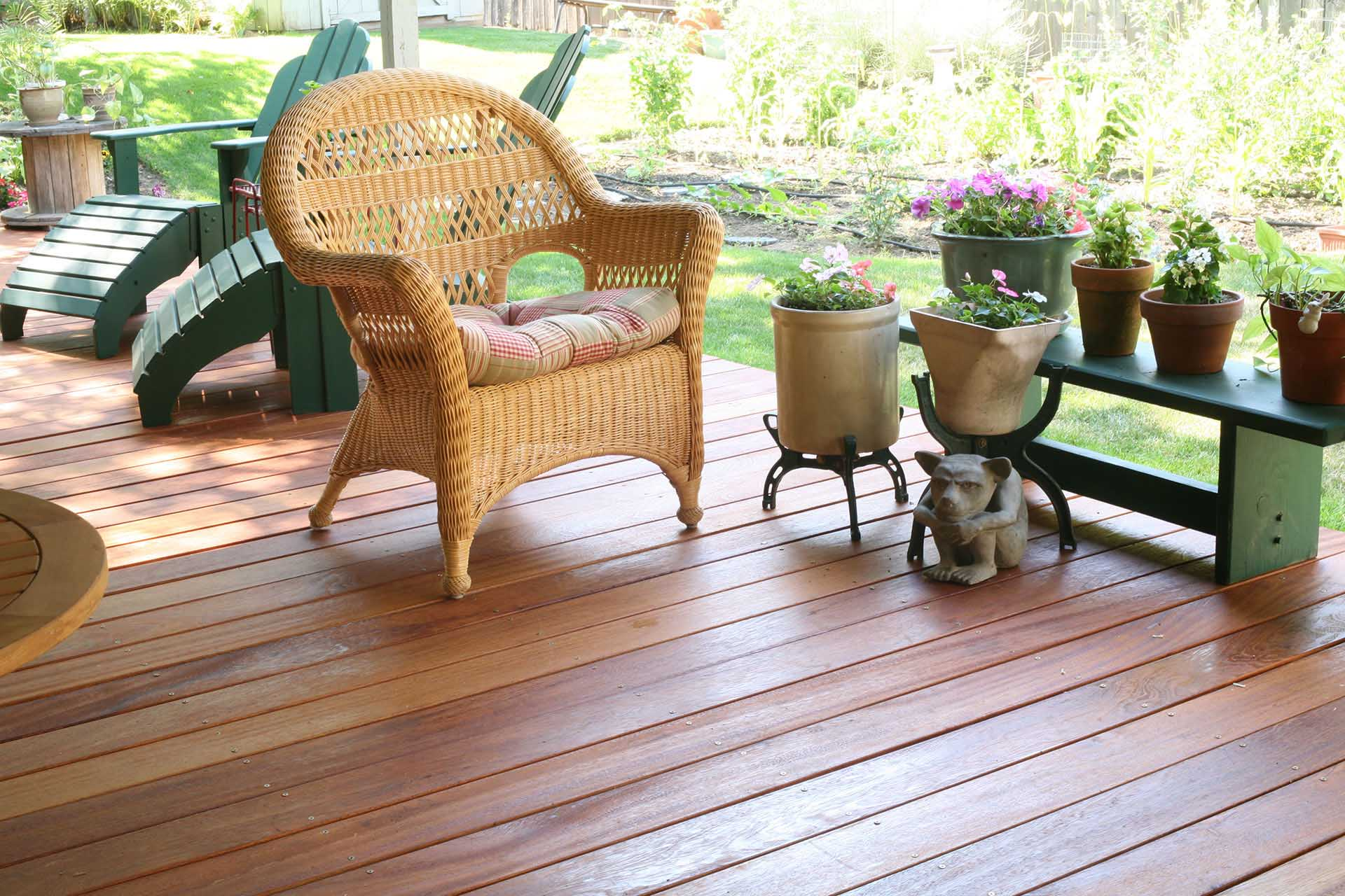 Hardwood_Decking_angelim-pedra-hardwood-deck-with-gargoyle.jpg