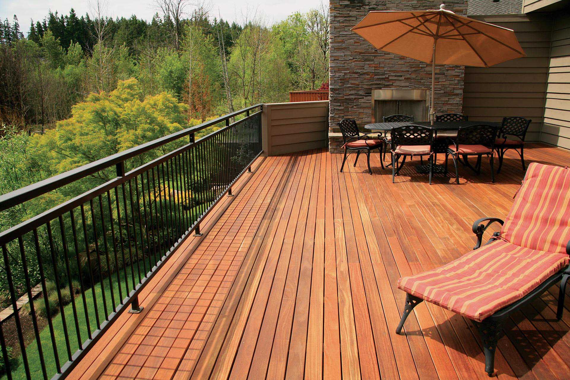 Cumaru Decking 1x4 Backyard Paradise 1.jpg
