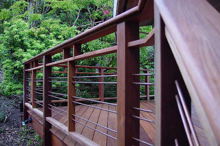 Hardwood_Decking_ipe-railing-stainless-cables.jpg